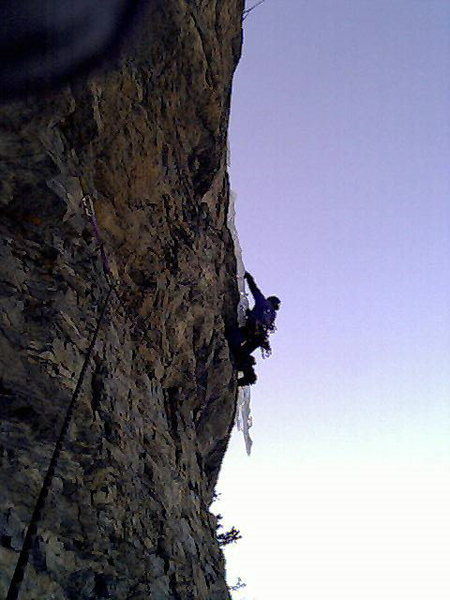 Rock Climbing Photo: Only one hand belaying me?