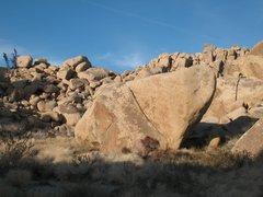 Rock Climbing Photo: The Dripper Boulder, Joshua Tree.