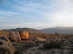 Rock Climbing Photo: Last light from the Dripper Boulder, Joshua Tree N...