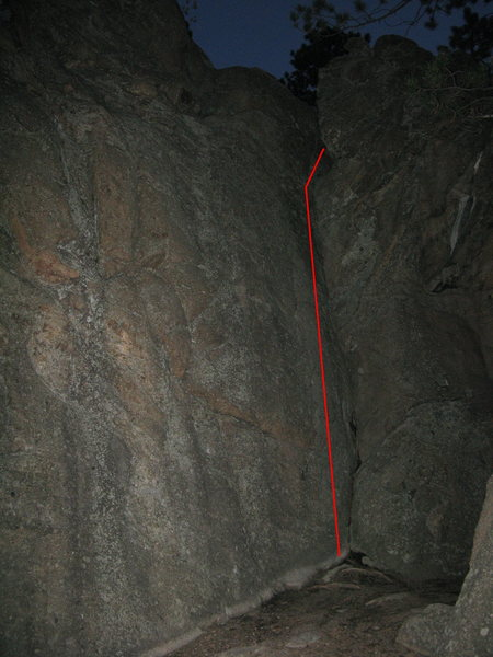 This can be climbed either side in. Other problems exist on the face to the left.