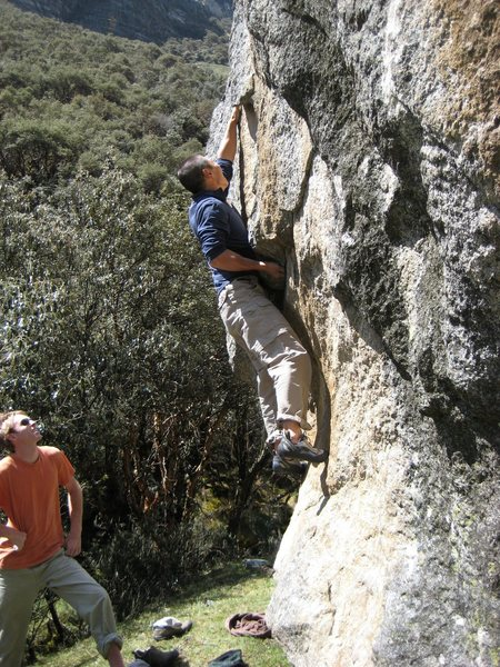 """Baby Hands on """"Gringos y Chinos"""" V6"""