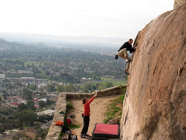 Rock Climbing Photo: High above Riverside on the Beehive Crack (V-easy)...