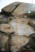Rock Climbing Photo: Beach Boulder Left Topo