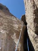 Rock Climbing Photo: Looking up at final chimney, just before the summi...