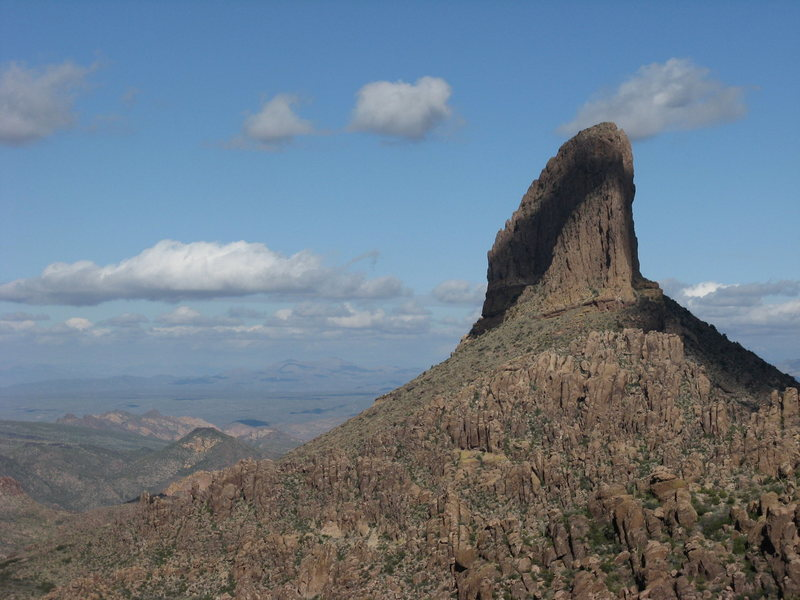 Weaver's Needle - started too late to climb this baby :-((  needed 8+ hours as the approach is 4 miles.