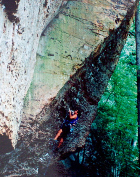 Bob Horan clippin sandstone at the Red River Gorge.