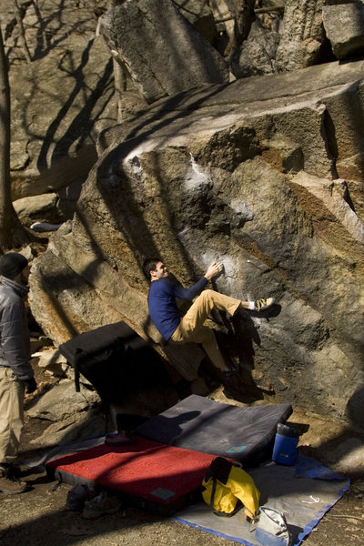 Rock Climbing Photo: Black Boulder Problem, sent after a generous skin ...
