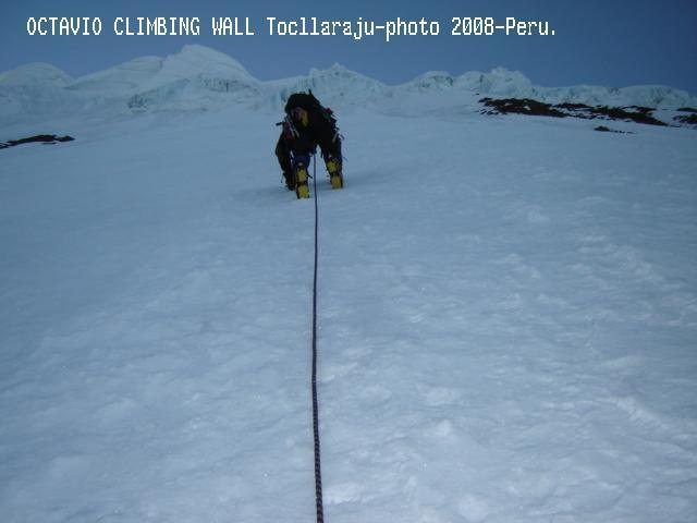 climbing cordillera blanca-Peru