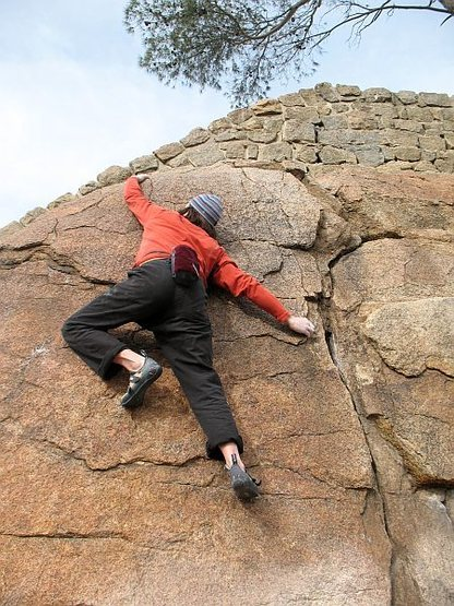 Making the reach to the top on B Movie (V1+), Mt. Rubidoux