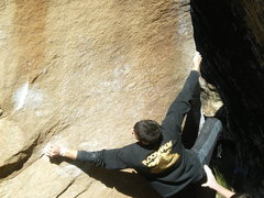Rock Climbing Photo: Desperate V7