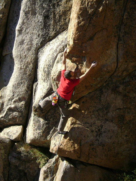 Rock Climbing Photo:  Starting up Mr. Personality (5.12a) in the High C...