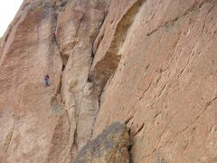 Rock Climbing Photo: Shirley leading the 4-star third pitch of White Sa...