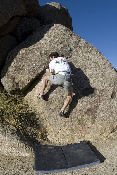 Rock Climbing Photo: The Egg (V1/2).