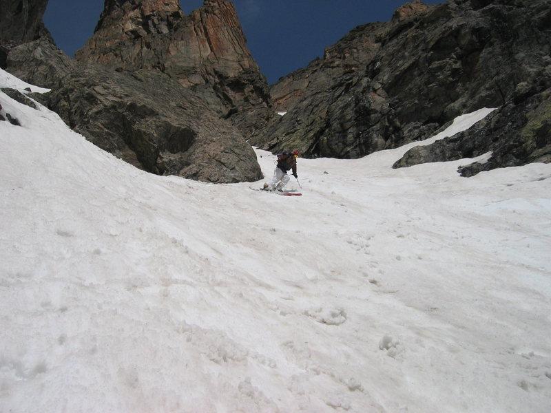 Dragon Tail Couloir RMNP. Skier: Austin Porzak  Photo: JC