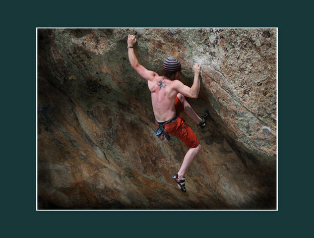 Rock Climbing Photo: Attack of the hornets V5 from low undercling start...