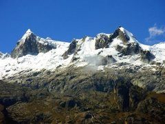 Rock Climbing Photo: Vallunaraju from near Collon.