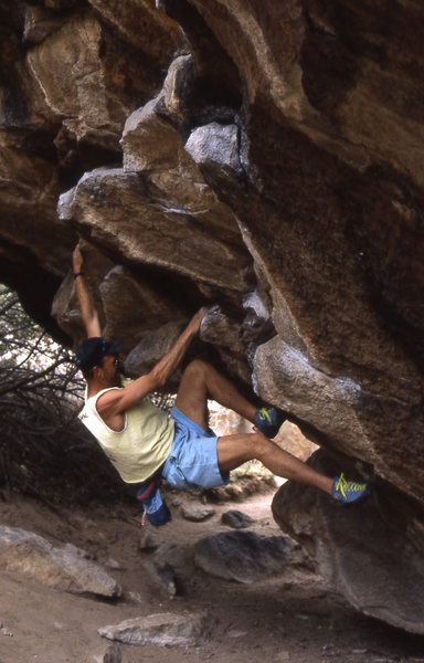 Rock Climbing Photo: Gonzo goes to Hueco Tanks and pulls down