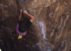 Rock Climbing Photo: Three Star Arete Hueco Tanks. One very cool V-3.