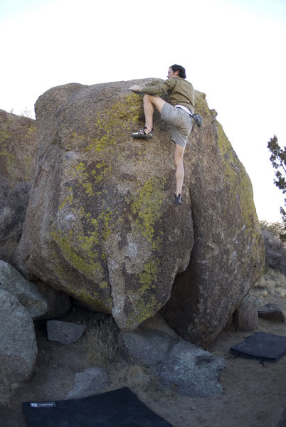 Rock Climbing Photo: Topout. Pad position is not recommended.
