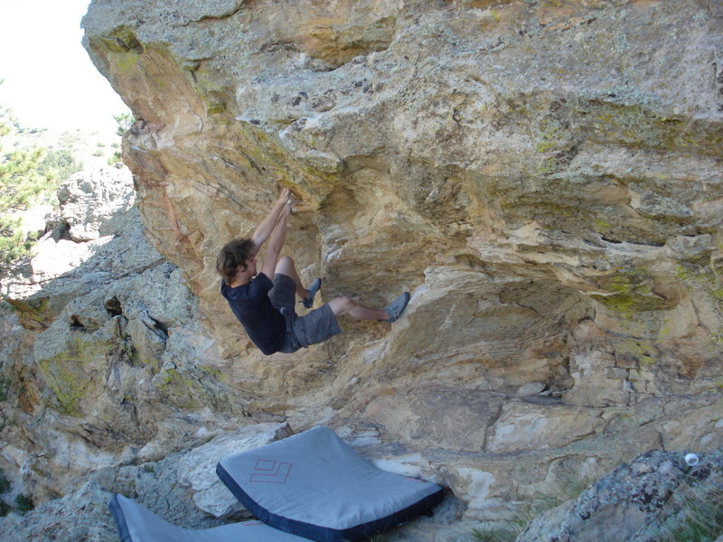 Rock Climbing Photo: This problem is a little ways up the ridge from th...
