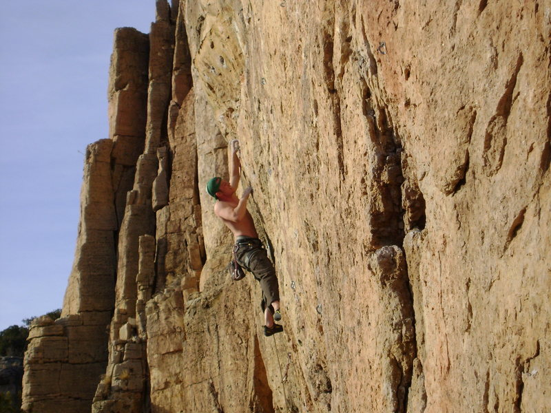 Rock Climbing Photo: Close to the end of a long weekend at Shelf Road.
