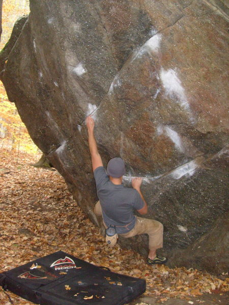 Rock Climbing Photo: Dave Cote starting one of Rumneys best boulder pro...