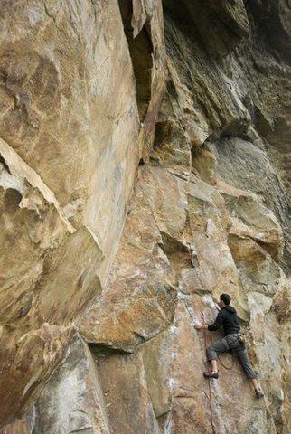 Rock Climbing Photo: andrew on rap echo
