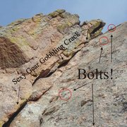 Rock Climbing Photo: Nice crack for gear, or climb the face with bolts....