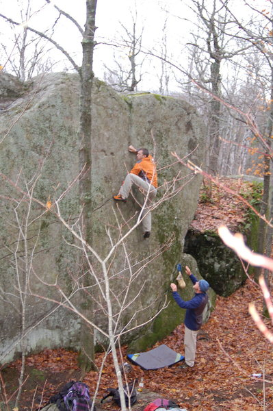Rock Climbing Photo: Heading for the top of the slab.