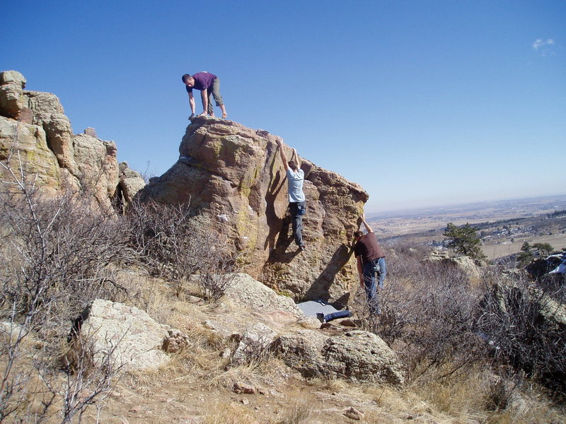 Great warm up boulder....