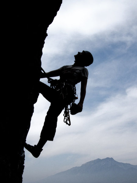 Rock Climbing Photo: Joy Weber leading out into space on pitch 4 of Wil...