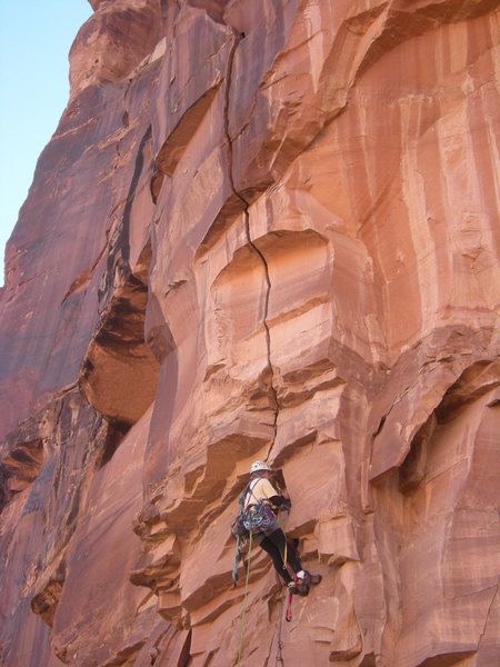 Rock Climbing Photo: Getting to the good crack on the first pitch.