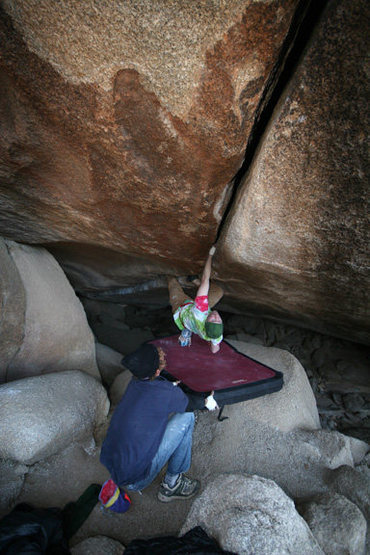 Rock Climbing Photo: brian attempting the amnesia onsite