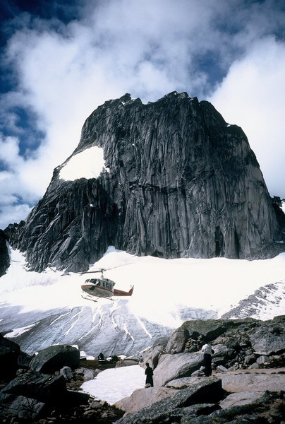 Applebee camp.  Helicopter bringing in stuff for a Marmot Party.  1997?