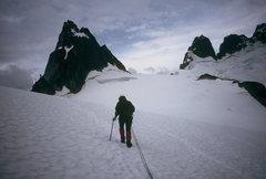 Rock Climbing Photo: Jenna on approach to Pigeon Spire.  Bugaboos 1997?