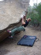 Rock Climbing Photo: Unnamed V3+/4- warm-up at Cochise Stronghold