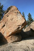 Rock Climbing Photo: Problem A, V2+ Topo