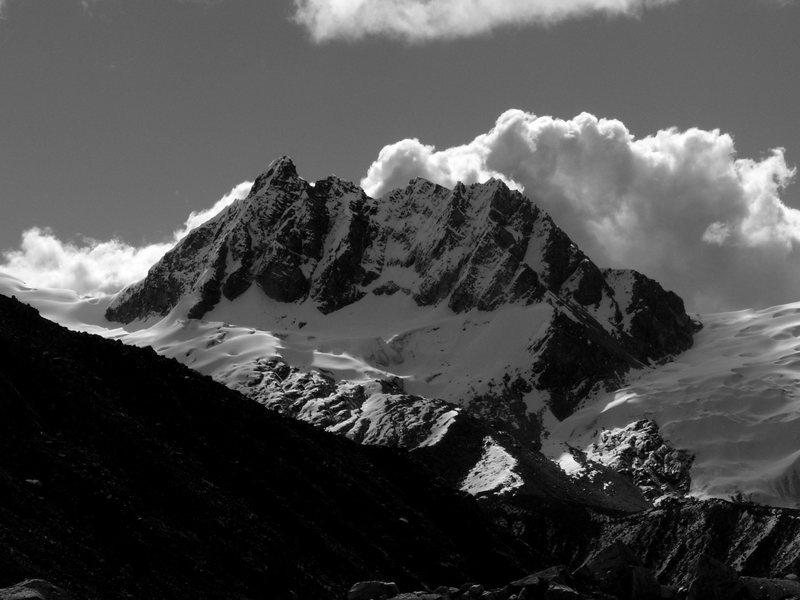 Urus Central, 5494 meters.