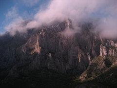 Rock Climbing Photo: Morning mist