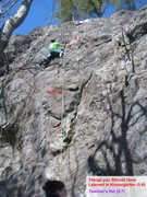 Rock Climbing Photo:  PHOTO CORRECTION *  The route on the right is act...