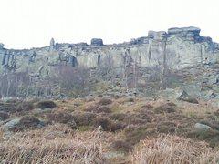 Rock Climbing Photo: Curbar's southern areas. Major routes L-R: Elder C...