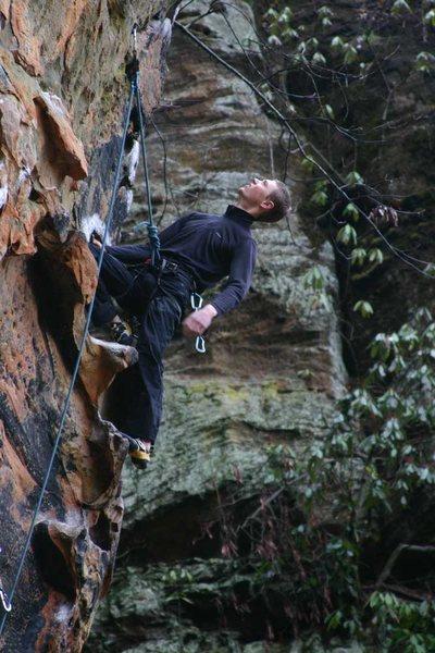 Rock Climbing Photo: Otey at the sweet kneebar rest on Fuzzy...