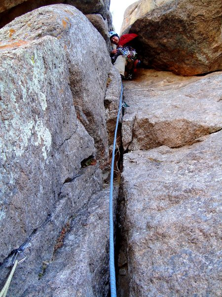 """Mike W. leading P2 and placing gear on """"<em>The Staircase</em>"""".  No-hands belay photo by me.  ;-)"""
