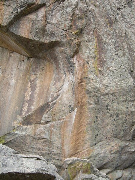 Rock Climbing Photo: The Rabbit Hole climbs the crescent holds and pull...