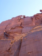 Rock Climbing Photo: Looking up at the 3rd pitch stembox and 4th pitch ...