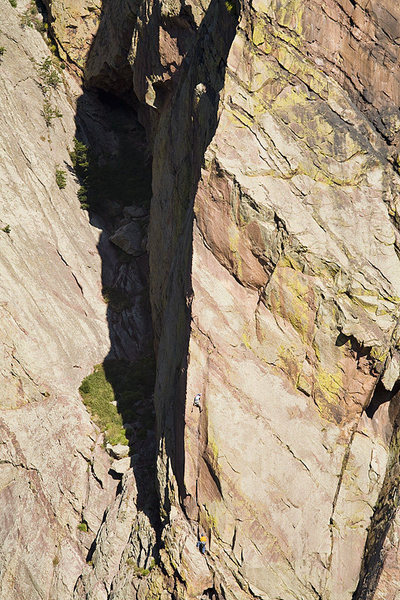 Just another photo of the Edge. Adam and Dev work their way up pitch 1. Photo: Paul Martin.