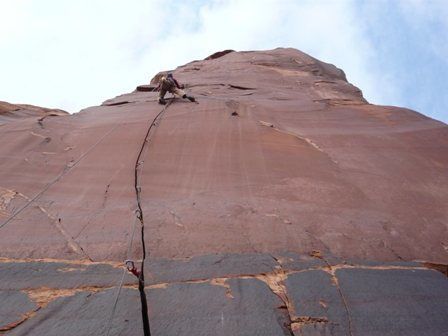 Rock Climbing Photo: The crux of pitch two