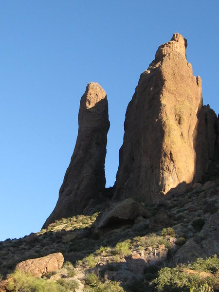 Rock Climbing Photo: On the left is the Tower.