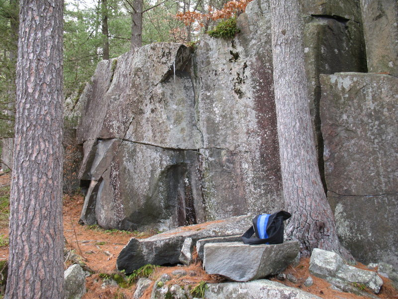 Easier warm-up problems to the left of Mike's Boulder.