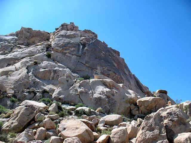 Rock Climbing Photo: Varnished Wall (Left Side), Joshua Tree NP